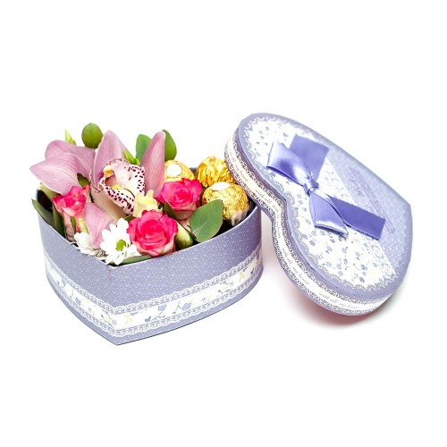 Flowers box with candies #02